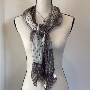 Burberry  lightweight Cotton Scarf made in Italy